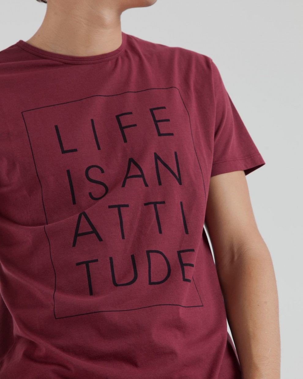 Camiseta Life is an Attitude