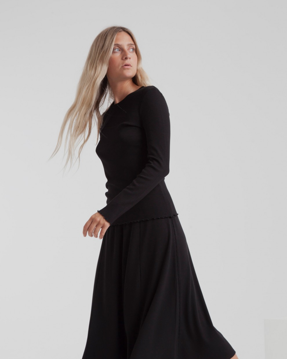 Black Mae Rib Long Skirt