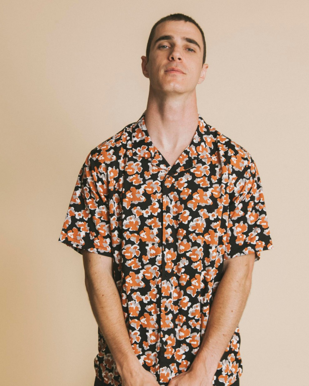 Abstract flowers Leo shirt