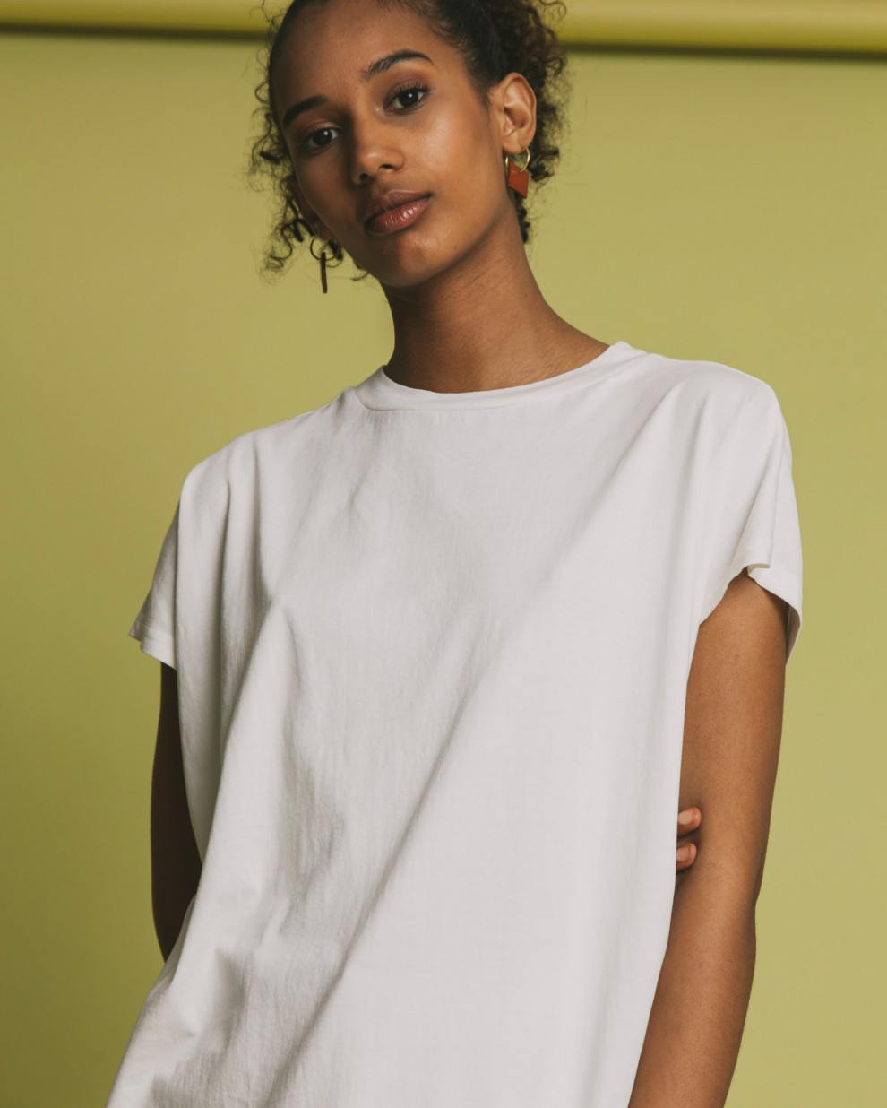 BASIC WHITE VOLTA  T-SHIRT