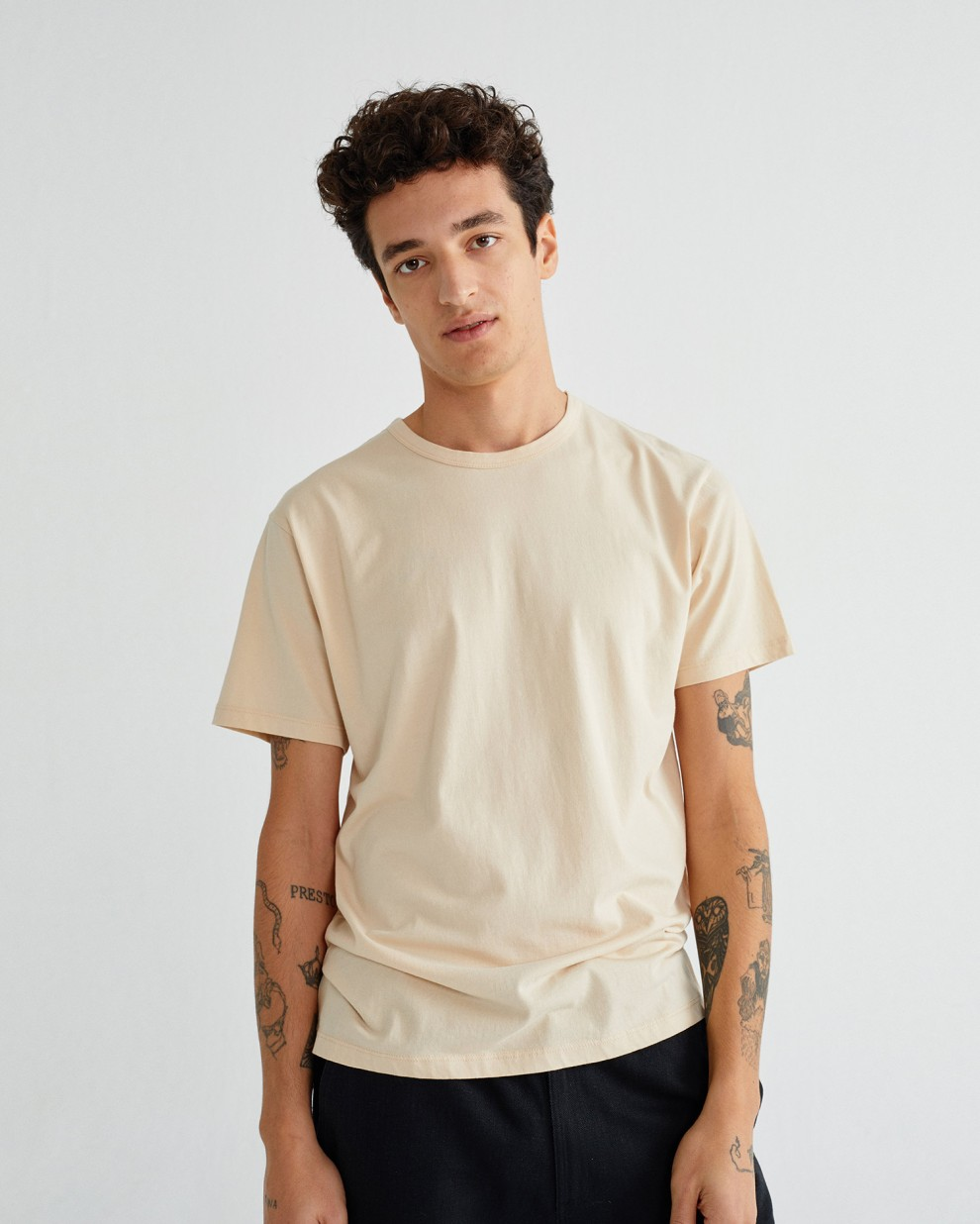 BASIC SHELL MAN T-SHIRT
