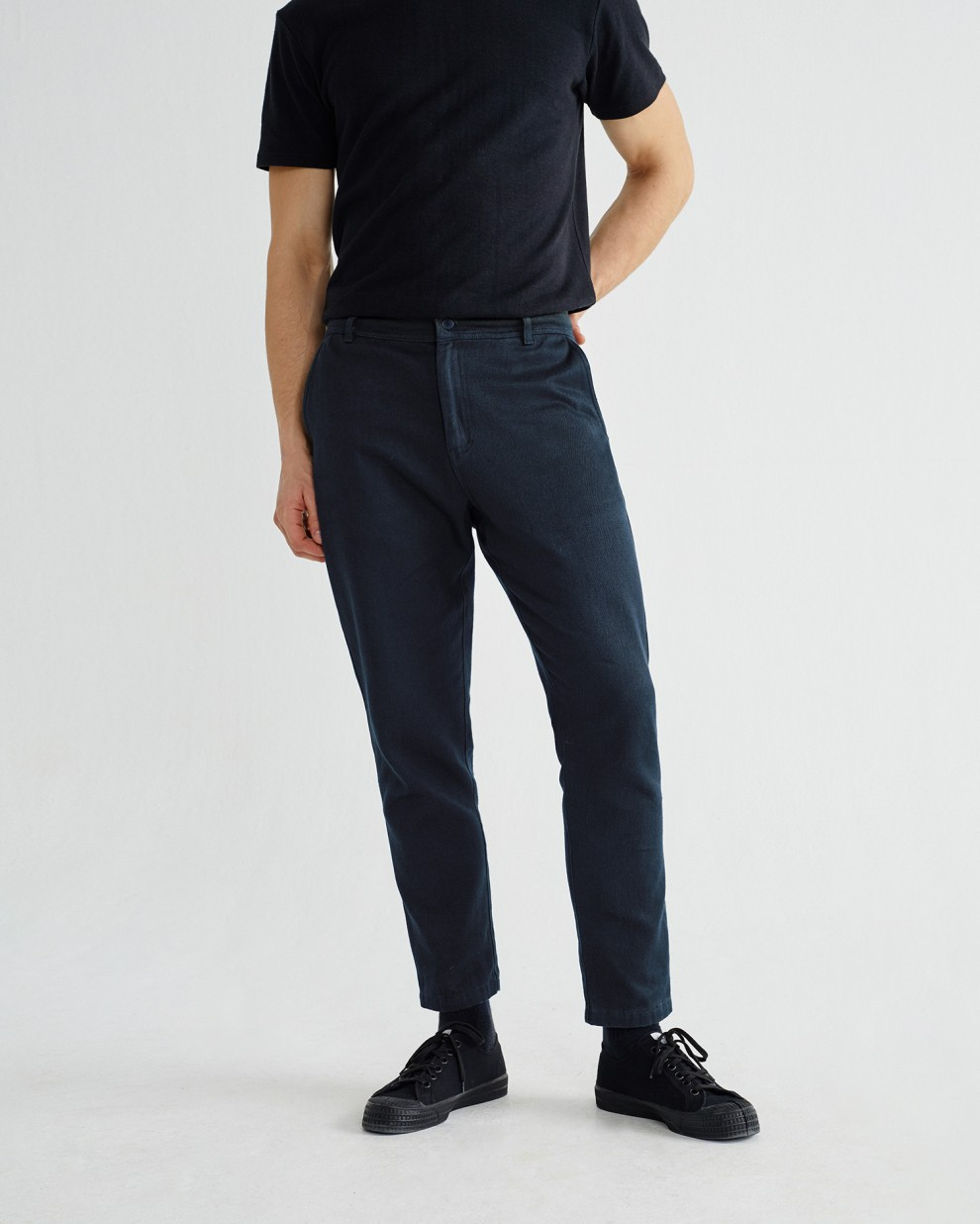 NAVY MARCELINO PANTS