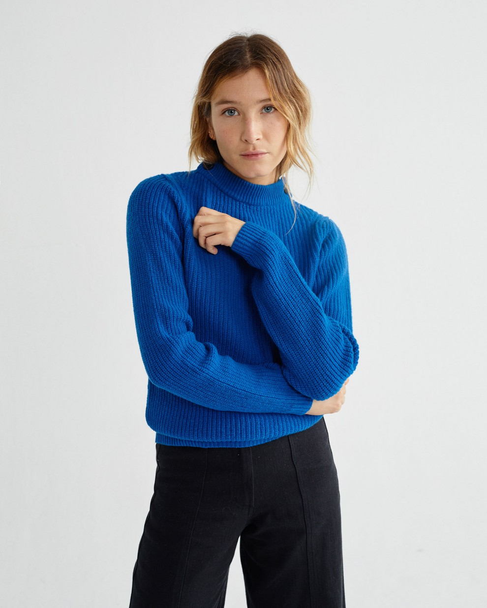 BLUE HERA SWEATER