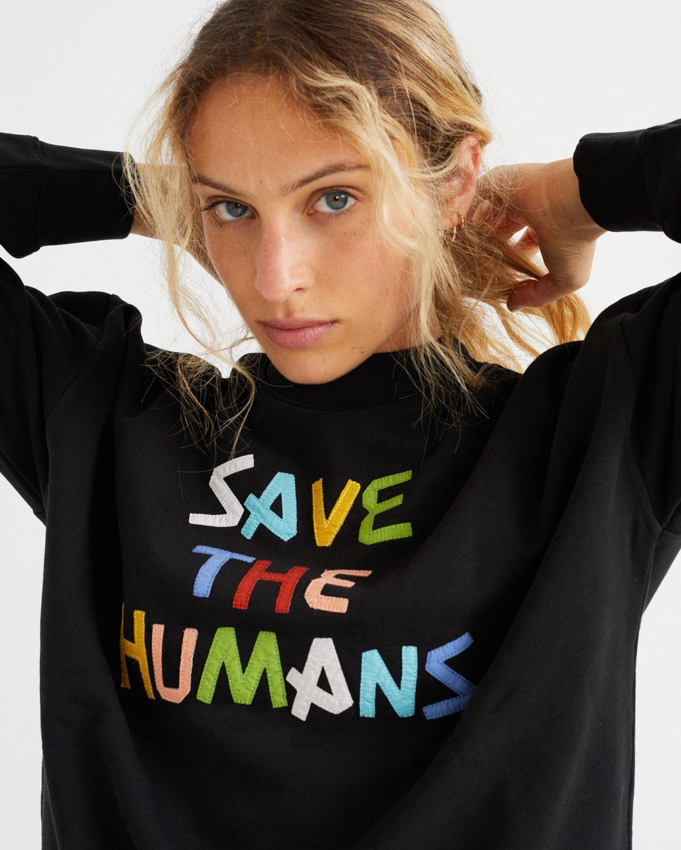 SUDADERA SAVE THE HUMANS